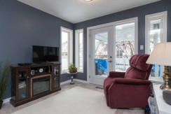 15 Whalings Cir-small-011-19-Sitting Room-666x444-72dpi