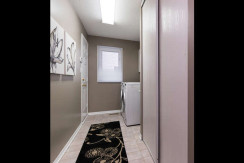 15 Whalings Cir-small-020-3-Mudroom-666x444-72dpi