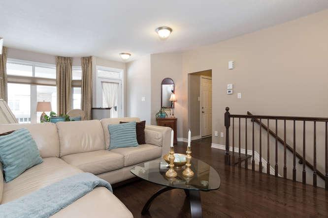 234 Bulrush Cres-small-005-16-Living RoomDining Room-666x444-72dpi