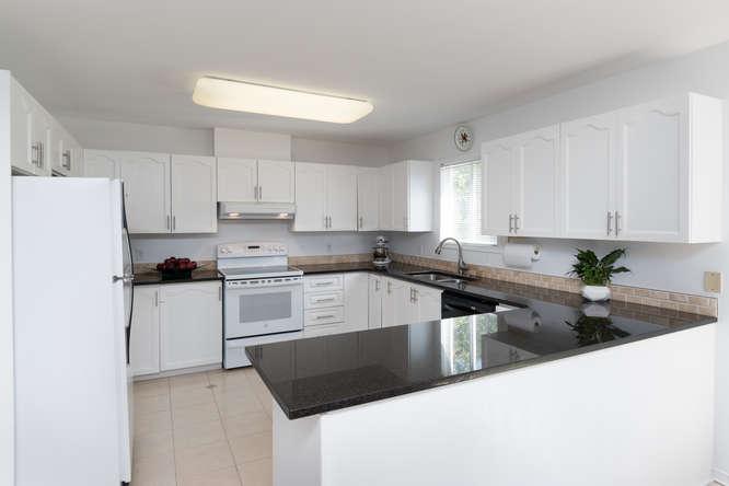 3 Shipley Crescent-small-006-4-Kitchen-666x444-72dpi