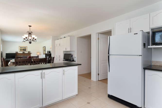 3 Shipley Crescent-small-008-6-Kitchen-666x444-72dpi