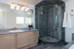 3 Shipley Crescent-small-015-12-Master Bedroom Ensuite-666x444-72dpi
